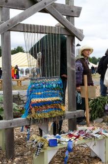 Susanne Grosjean demos tapestry weaving